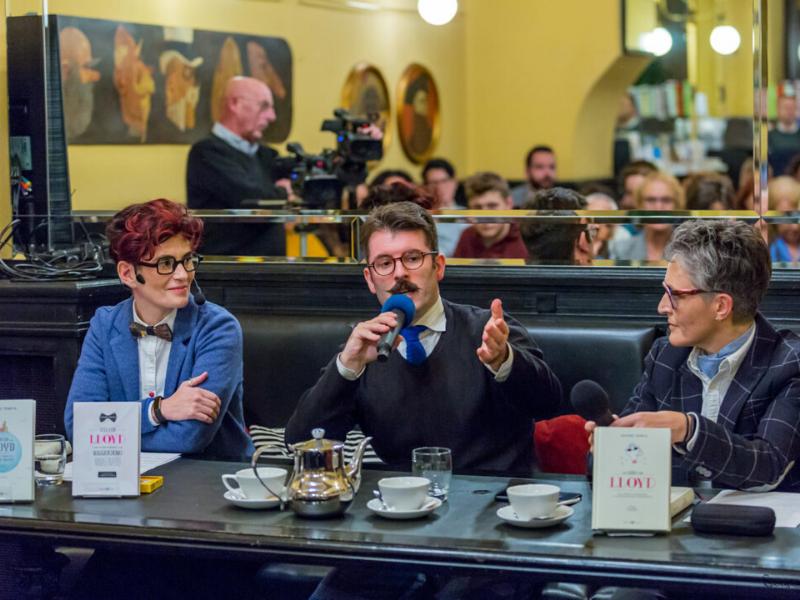 SIlvia Rizzi, Simone Tempia e Antonia Galvagna al caffè San Marco per l'evento il tè delle 18
