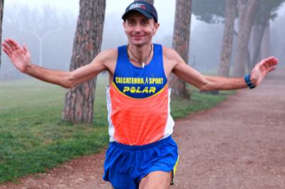 Giorgio Calcaterra corre
