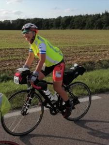 Cinzia Vecchi in bici