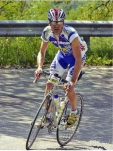 Alfiero Tassinari in bici marito di Sabrina Bianchi